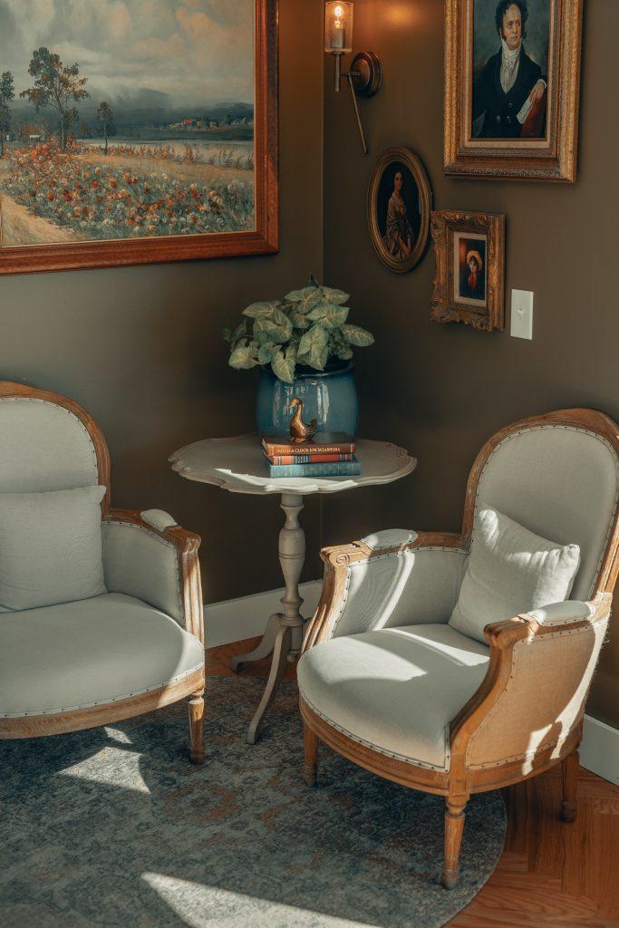 Les différents garnissages d'une chaise ancienne possibles
